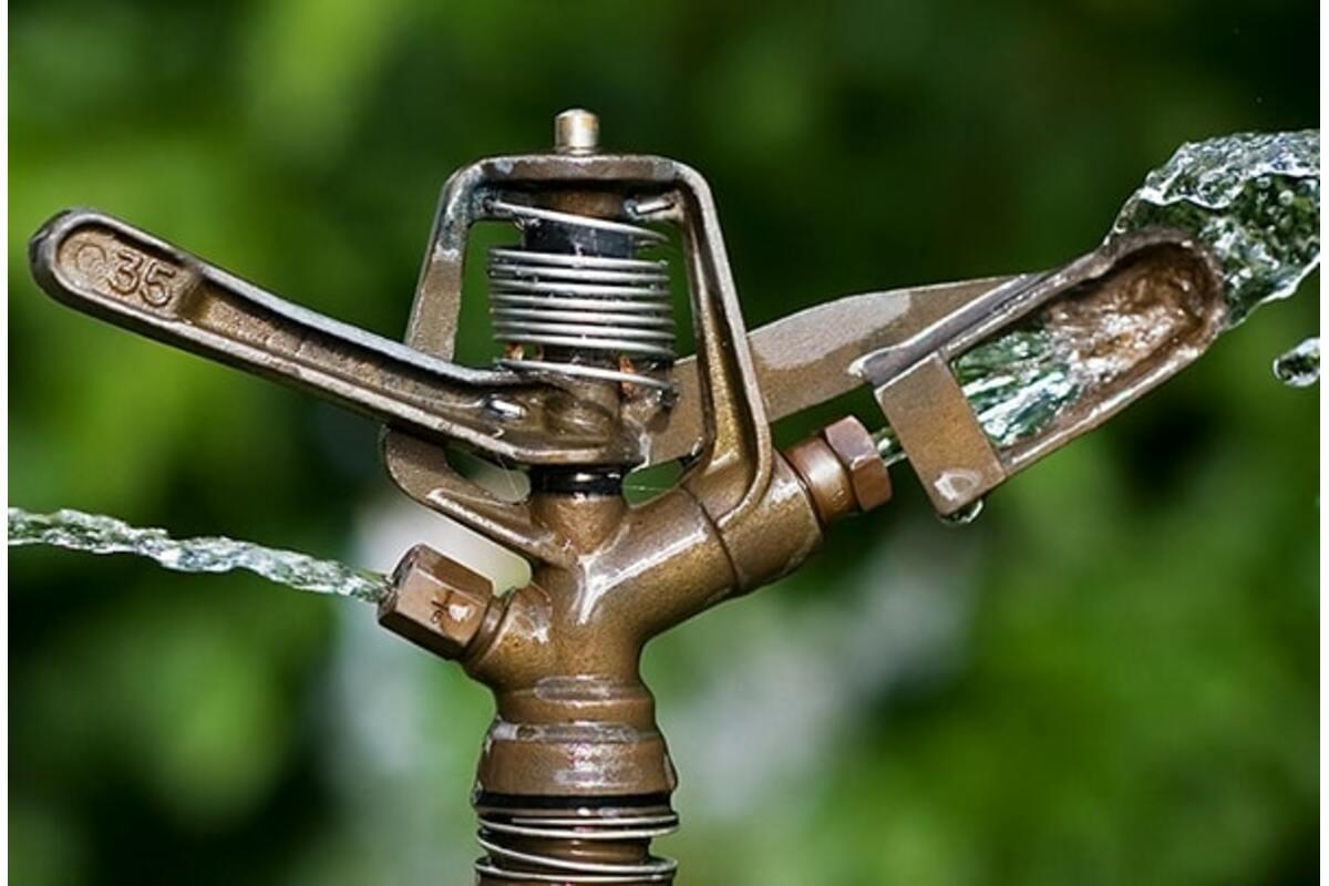 Вода из скважины: нуждается ли она в очистке