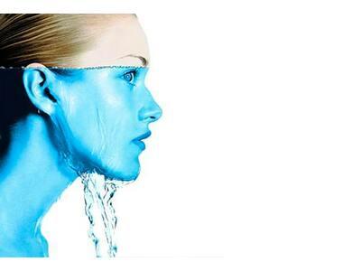 Вода: Сколько нужно пить воды в день и какая ее роль в организме